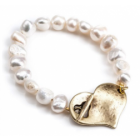 SALE: Stunning Danon Jewellery: Freshwater Pearl Bracelet with Golden Chunky Heart (DS43)
