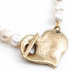 SALE Beautiful Danon Jewellery: Freshwater Pearl Necklace With Large Gold Hammered Heart (DS60)