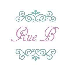 Rue B Fashion Jewellery: Rose Gold Beaded T-Bar Bracelet with Loveheart Charm (19cm)