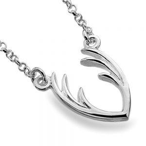 Beautiful Sterling Silver Jewellery: Delicate Chain Necklace with Minimalist Stag Antlers Design