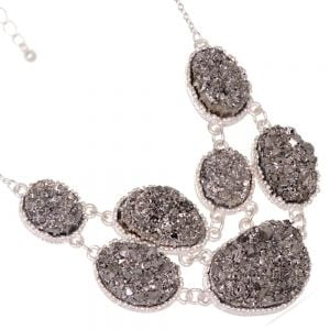 Delicate Fashion Jewellery: Stunning Silver Tone Necklace with Mesmerising Grey Druzy Oval Pendant Design (I40)C)