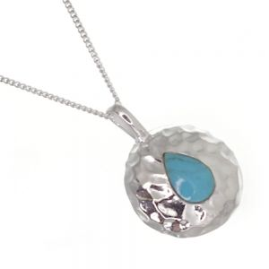 Gorgeous Sterling Silver Jewellery: 18mm Diameter Hammered Round Pendant with Turquoise Teardrop (N288)