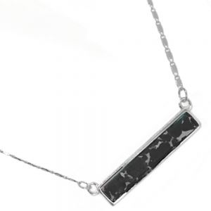 Delicate Fashion Jewellery: Dainty Necklace with Black Howlite Bar Pendant (I38)E)