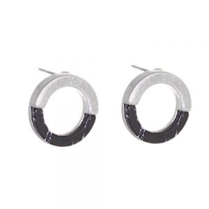 Contemporary Fashion Jewellery:  1.5cm Half Matt Silver and Half Black Howlite Circle Studs (I30)D)