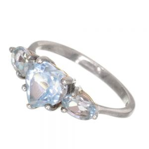 Beautiful Sterling Silver Ring with Blue Topaz Heart (SR136)