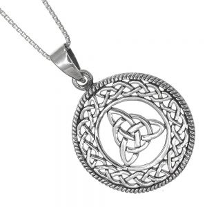 Celtic Sterling Silver Jewellery: 26mm Round Pendant with Triquetra Central Design (N144)