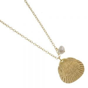 Danon jewellery: 88 cm Long Danon Necklace With a wonderful fresh water pearl and Gold plated Scallop sea shell inspired heart pendant