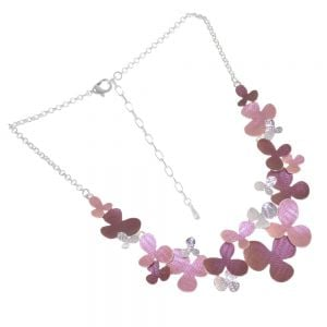 Floral Fairytale Fashion: Dark Red and Pink Necklace with Hammered Shiny Silver Details