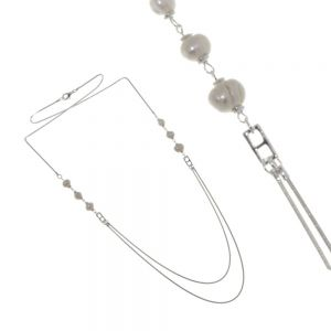 Statement Fashion Jewellery: Long Snake Chain Part-Beaded with Chunky Cream Freshwater Pearls