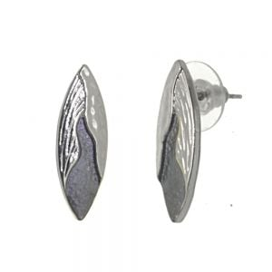 Elegant Fashion Jewellery: Pretty Pointed Grey Earrings with Flowing Silver Design