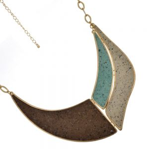 Sale: Costume Jewellery: Gold and turquoise Choker-Style Collar (S439)