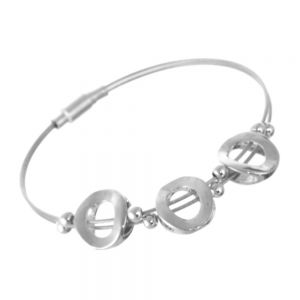 Magnetic Costume Jewellery: Elegant Silver Wire Bracelet with Triple Circle Design