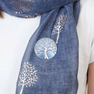 Stunning Fashion Jewellery: Tree of Life Design MAGNETIC BROOCH in Matt Blue and Shiny Silver (5cm Diameter) (R20)B)