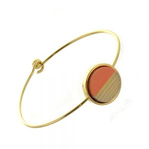 Beautiful Fashion Jewellery: Simple Gold Bangle with Wooden and Light Orange Acrylic Circle (6cm Diameter) (I19)go)