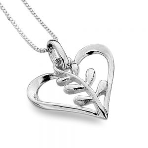 Lovely Sterling Silver Jewellery: Beautiful Heart Pendant with Leafy Vine Detail
