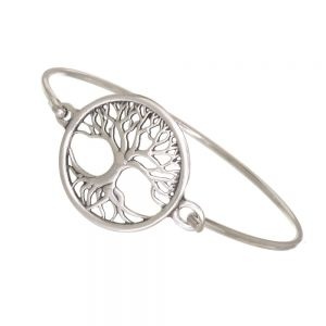 Tree of Life clip bangle with a pewter tree of life as a centrepiece. A silver-plated brass clip holds the design.  Diameter of bangle: 60mm.  Tree of life width: 29mm Height: 29mm.  Supplied in a velvet draw-string pouch.