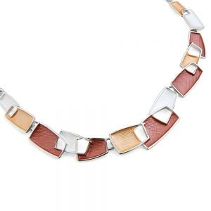 Pretty Fashion Jewellery: Short Necklace with Matt Red, Caramel and White Textured Oblong Shapes