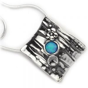 AVIV:sterling silver  Square Floral Pendant with Opal