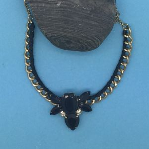 SALE Fashion Jewellery: Geometric Black Vintage Style Crystal Necklace (S153)