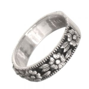 Sterling Silver Jewellery: Oxidised Floral Band Ring (SR32)