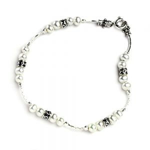 Aviv Sterling Silver: Silver Pearl Bracelet With Silver Beads