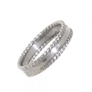 Contemporary Sterling Silver Jewellery: Quirky Midi (Knuckle) Ring with Fluted Edges