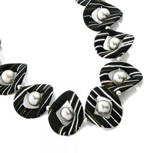 Bold Fashion Jewellery: Twisting Black, Green and White Hoop Design Necklace with Matte Silver Bead Detail (YK356)
