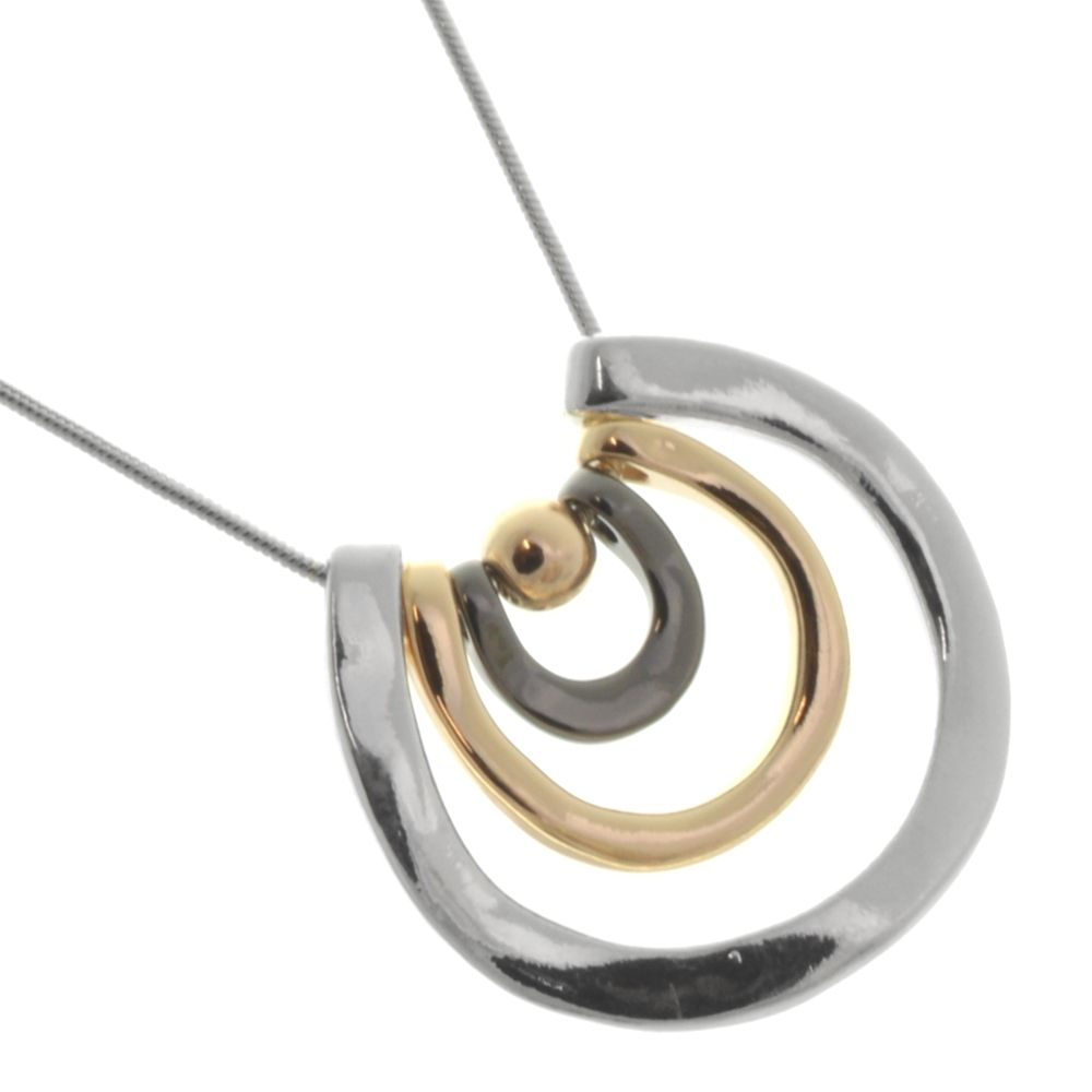 Fun Fashion Jewellery: Simple Silver Tone Snake Chain Necklace with  Concentric Horse Shoe Pendant in Shiny Finish Silver, Rose and Hematite  Tone (R13)