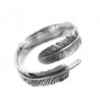Buy sterling silver rings from online